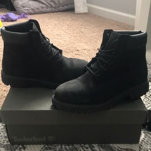 "Timberland Juniors Black 6"" boots"